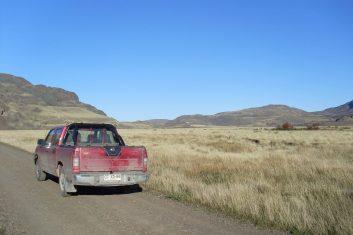 Argentina Patagonia - Ruta 40 - Lago Pueyrredon Rental car