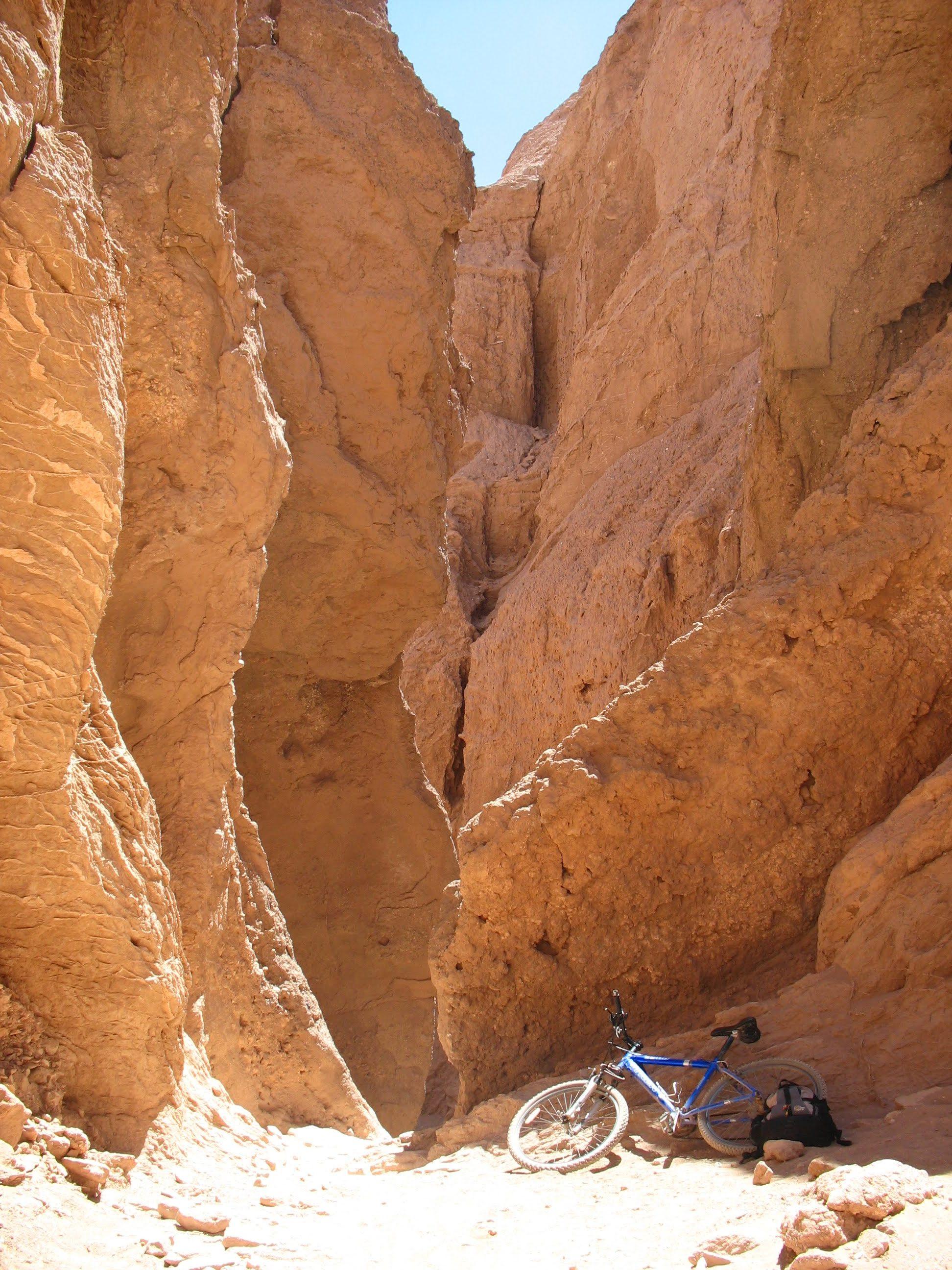 Chile San Pedro Atacama - Biking Devil's Throat - Tulor