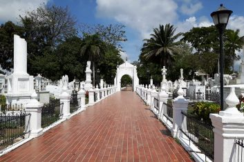 Colombia Mompox - cemetery