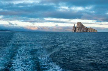 Ecuador Galapagos_Kicker Rock