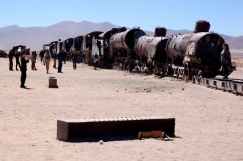 Bolivia Uyuni - train cemetery