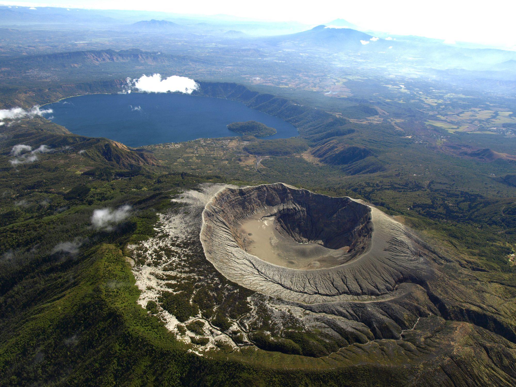 El Salvador - Lago Coatepeque