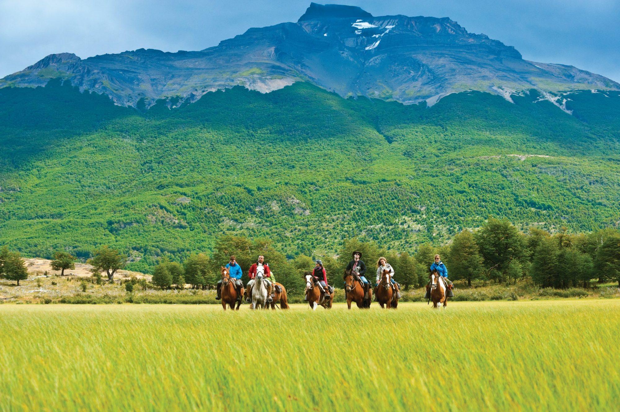 Chile_The Singular Patagonia horseback