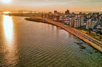 Uruguay - Montevideo - Rambla