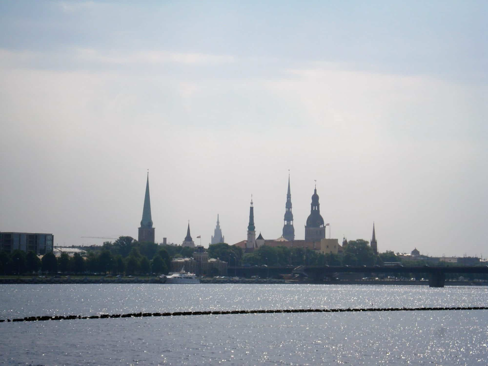 Letland_Riga view Dvina rivier